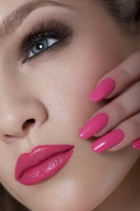mole_end_design_nails_and_lashes