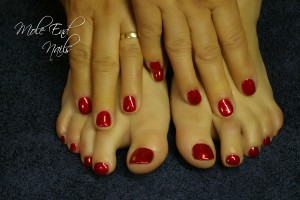 Gelish matching fingers and toes