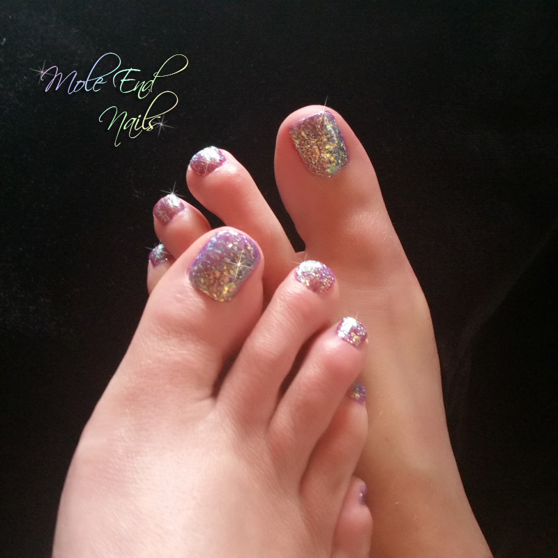 Time to show the Summer Toes - Mole End Design