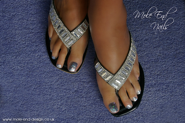 Silver glitter base with chunky holographic hexagon glitter highlights