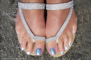 Silver toes with chunky glitter