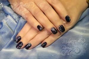 Handpainted swirls on gel polish