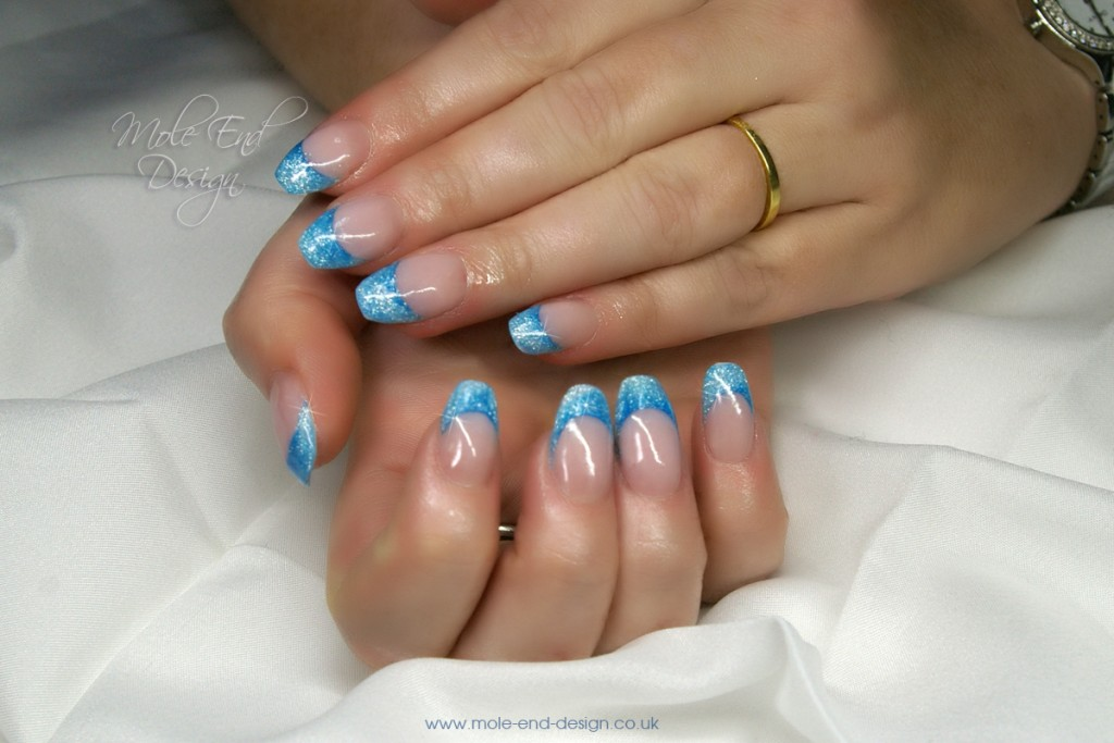 Blue glitter french