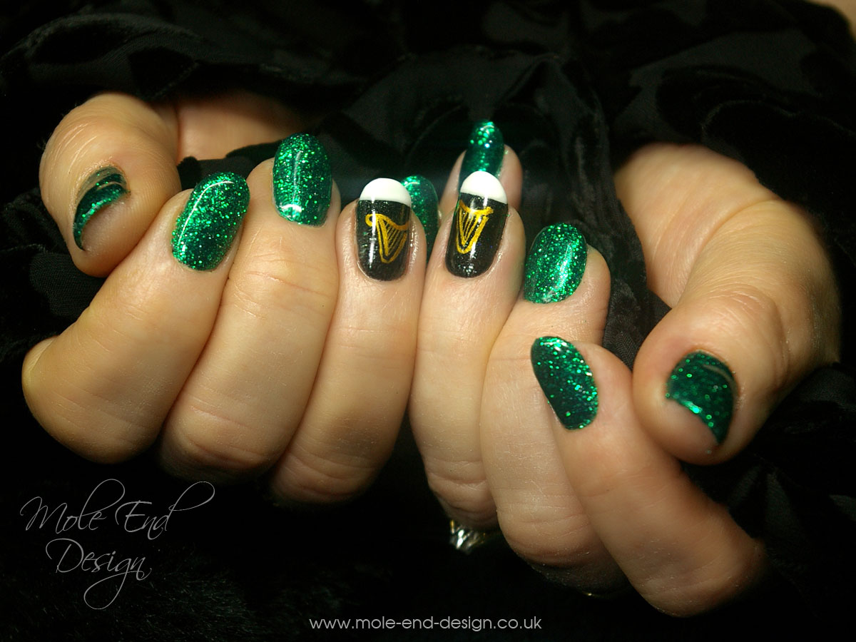 St Patrick\'s Day Nail Art - Mole End Design