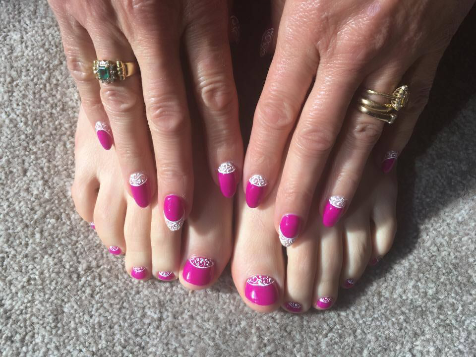 Gelish Shake it til you Samba with 3d designer gel detail on fingers and toes