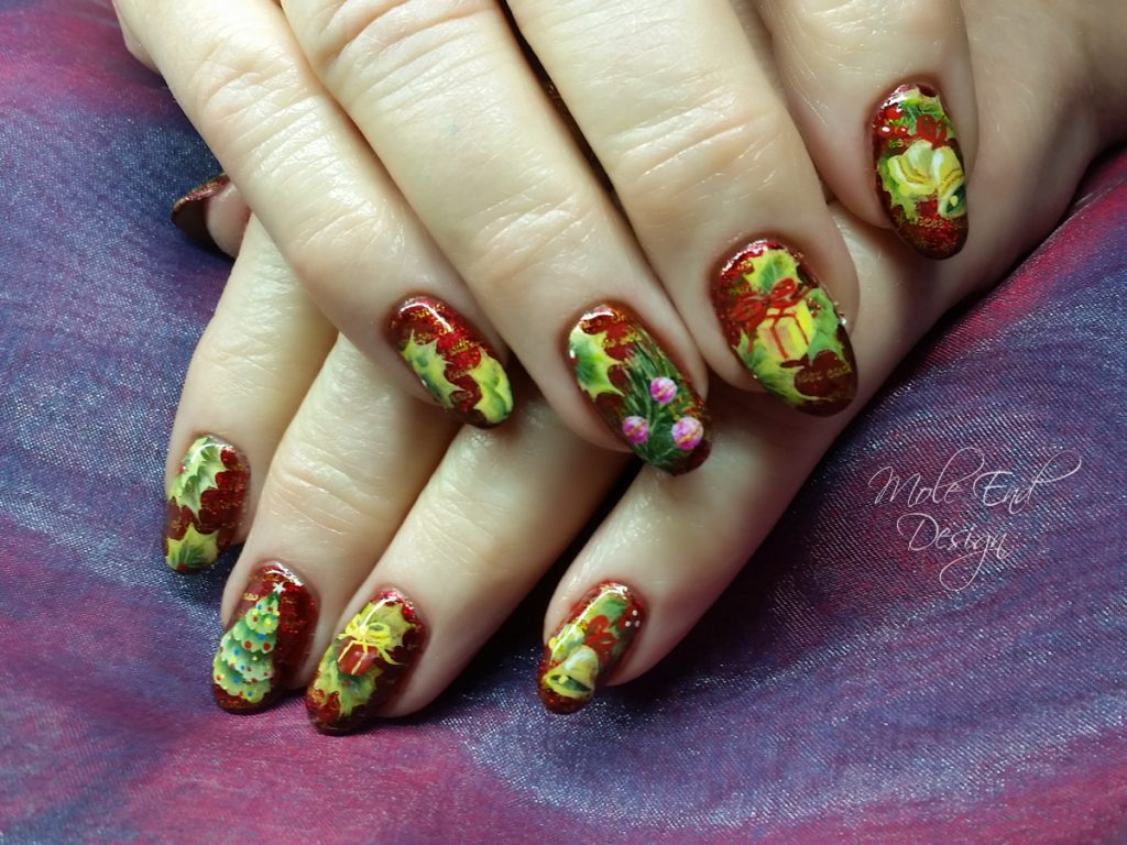 One stroke presents, baubles, bells and tree on xmas nails