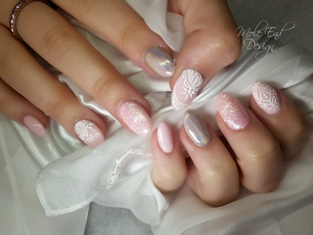 Pink nails with 3d detailing, glitter and holographic pigment