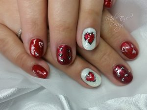 Valentine Nails with hearts and foil detail