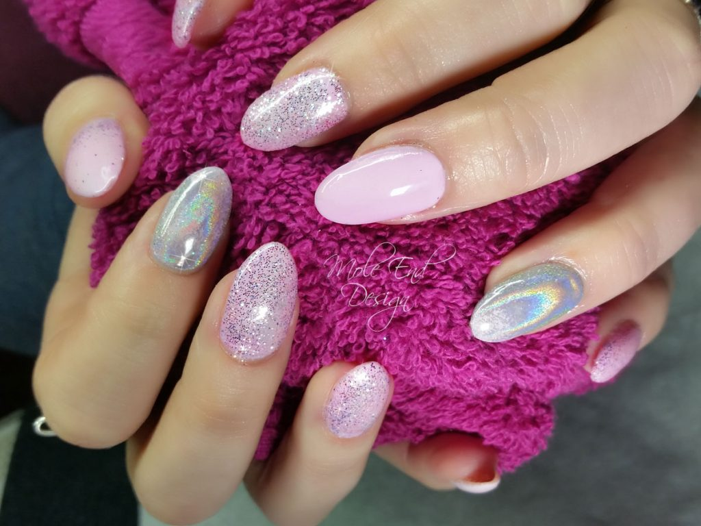 Pink gel, pink glitter and and holographic pigment