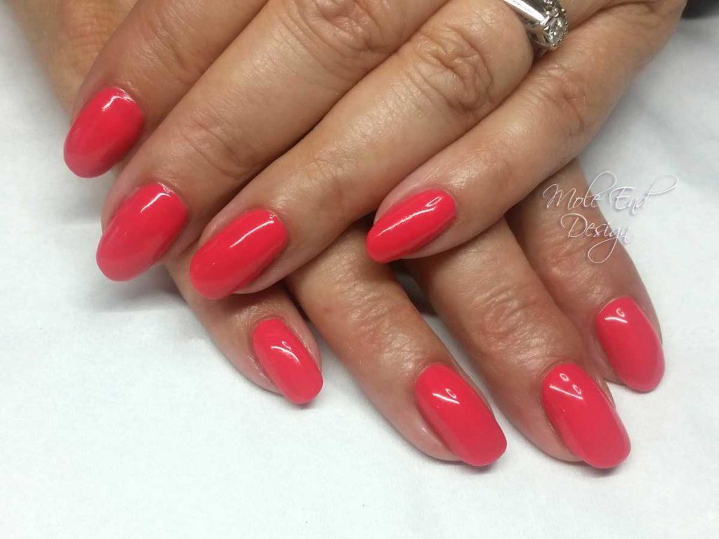 Coral nails shellac tropics