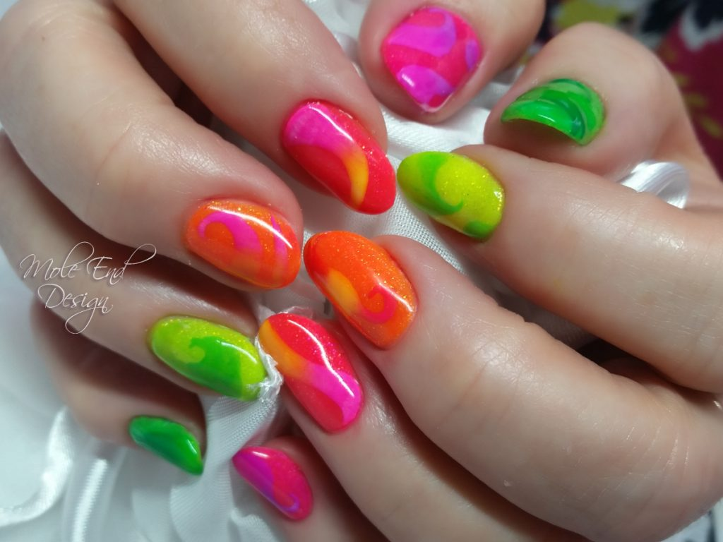 Fran neon nails with swirls in pigment