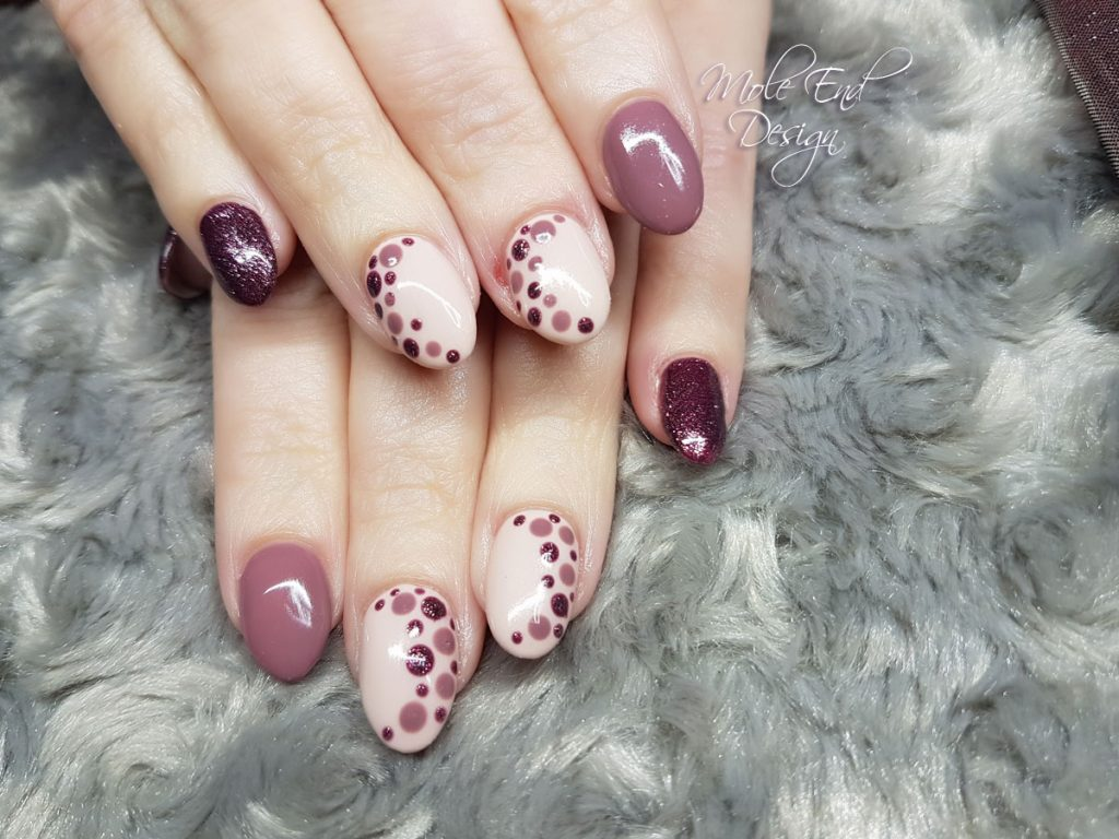plum and nude with dots